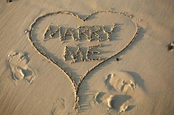 Proposte di matrimonio virali: per trovare moglie e diventare star di Youtube