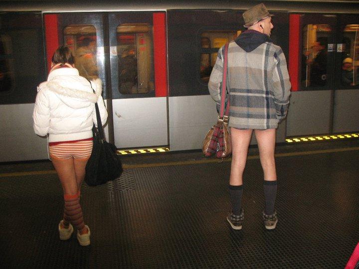 No pants subway ride: 10 anni in mutande